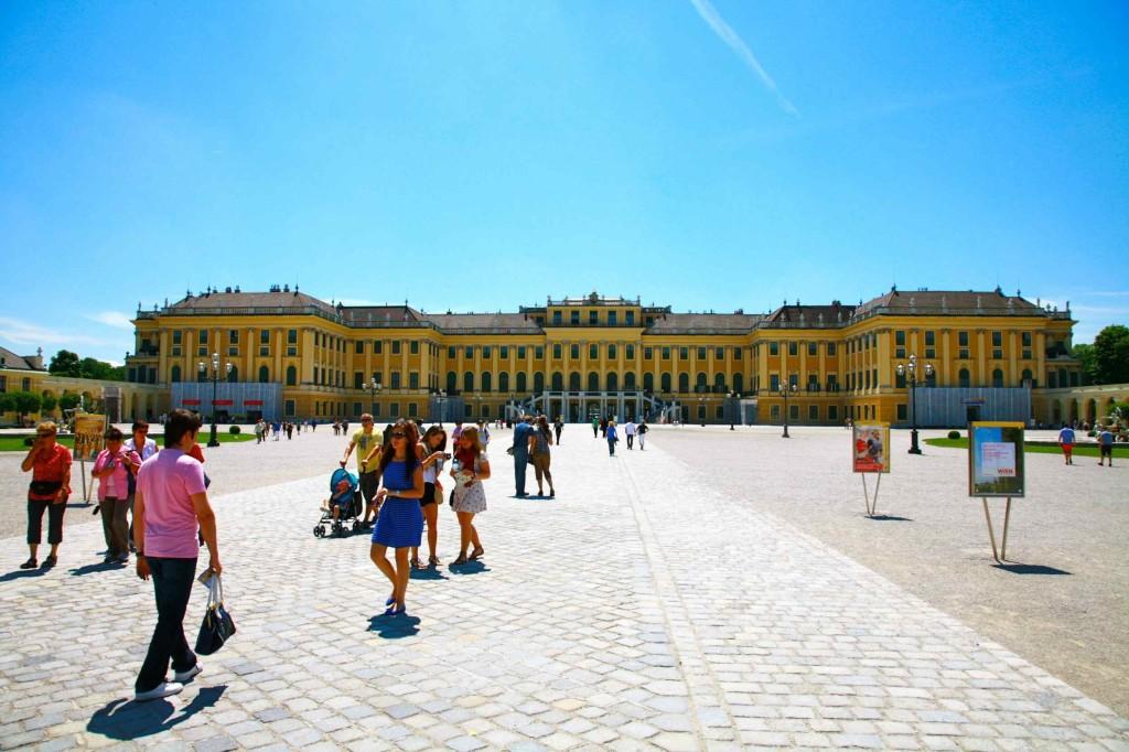 シェーンブルン宮殿の入り口