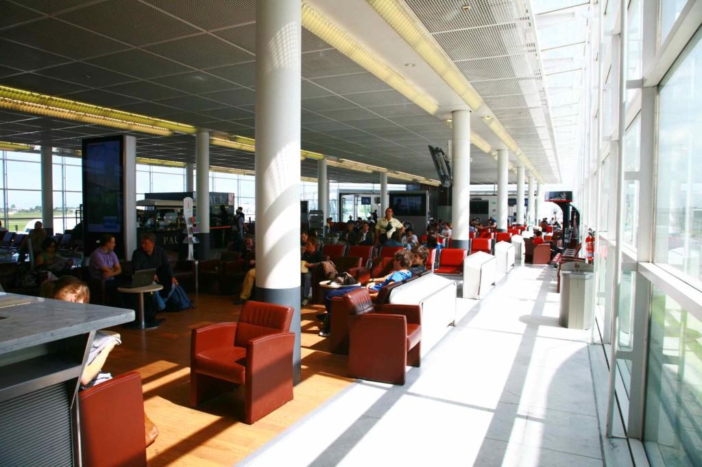 パリ•オルリー空港