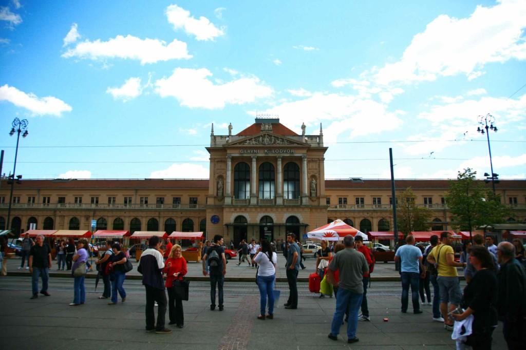ザグレブ中央駅は1890年に着工された歴史のある建物