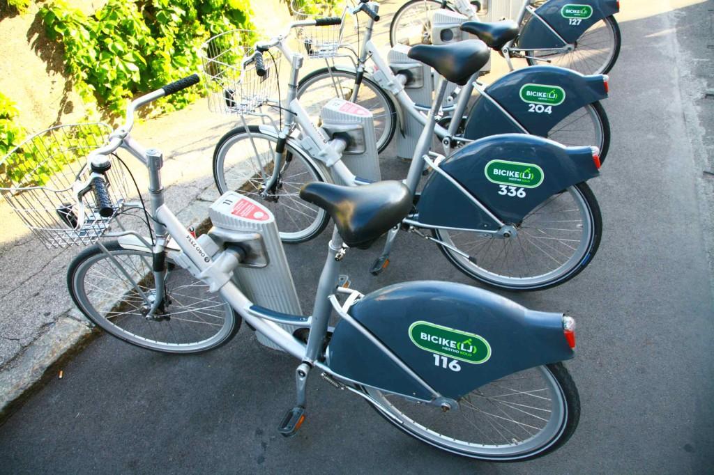 リブリャナのレンタル自転車。カードを購入すれば誰でも借りれるらしい。