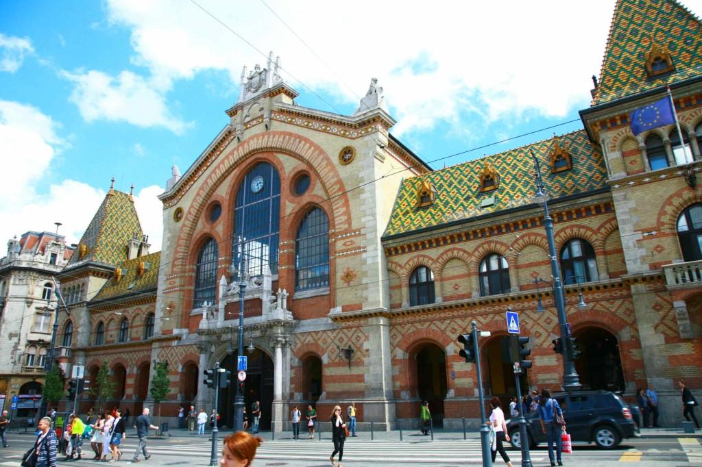 ブダペスト市民の台所「中央市場」