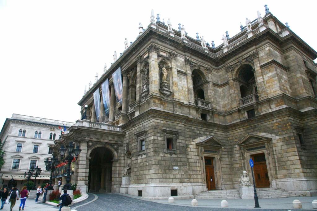 ハンガリー国立歌劇場の外観