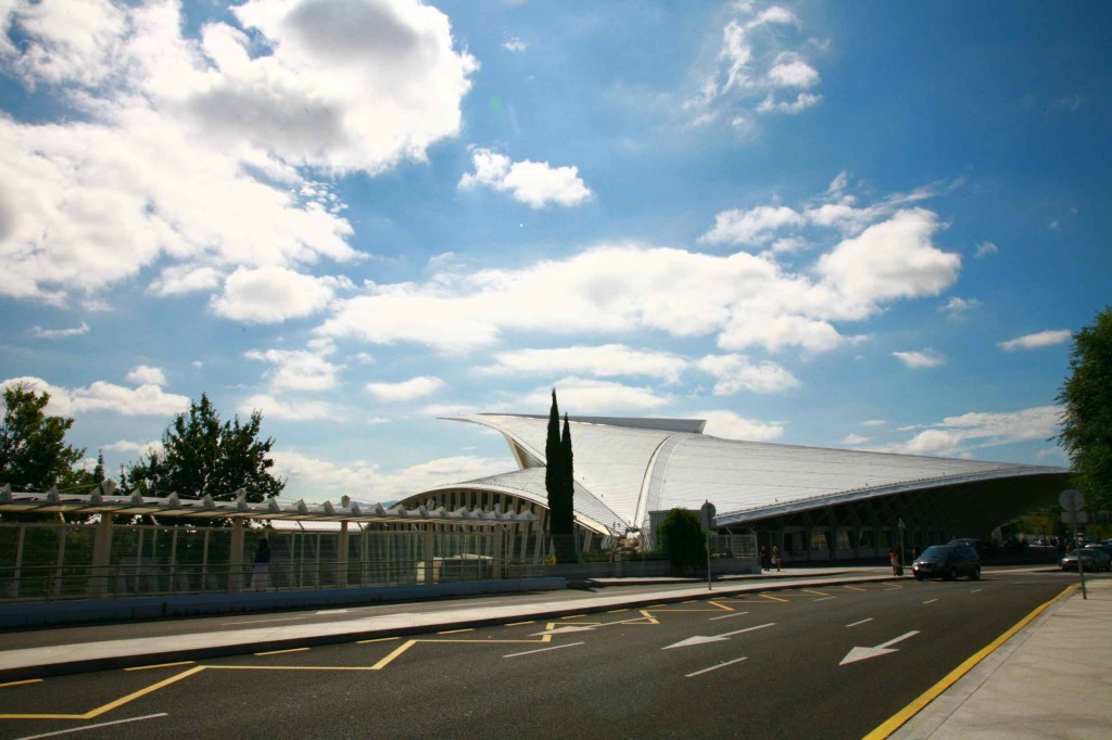 ビルバオ空港 外観