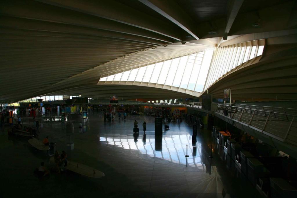 ビルバオ空港内