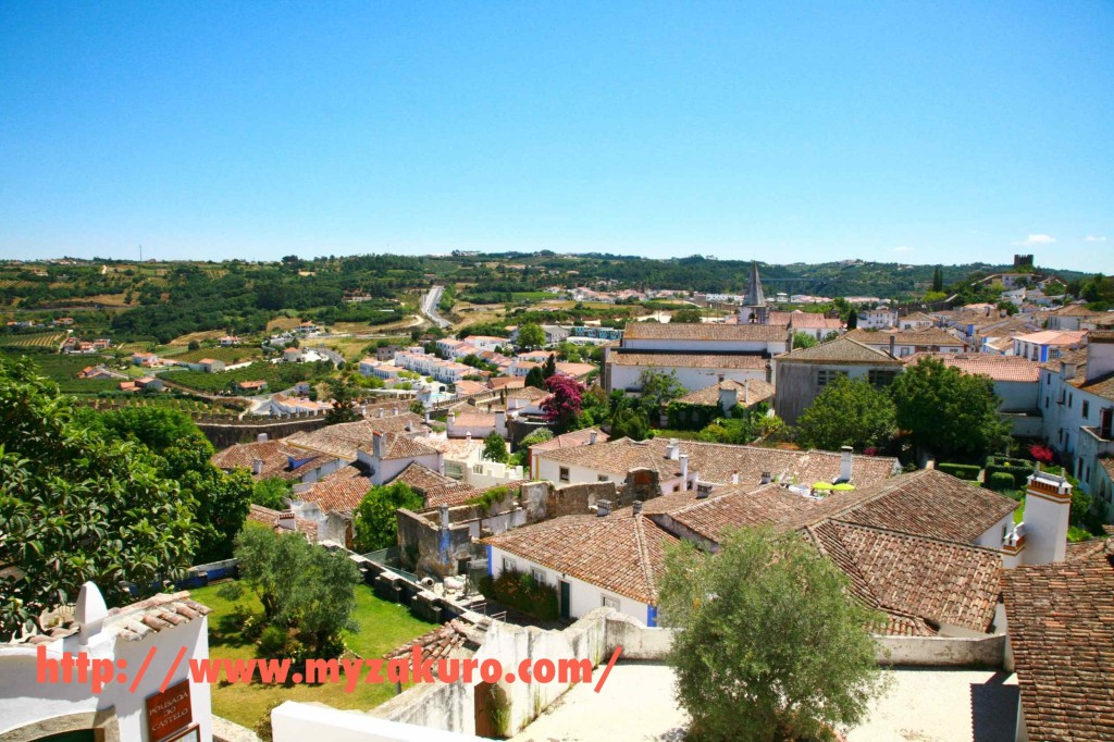 【城壁に囲まれた白い街】ポルトガルの首都リズボンから日帰りで行ける観光地オビドス