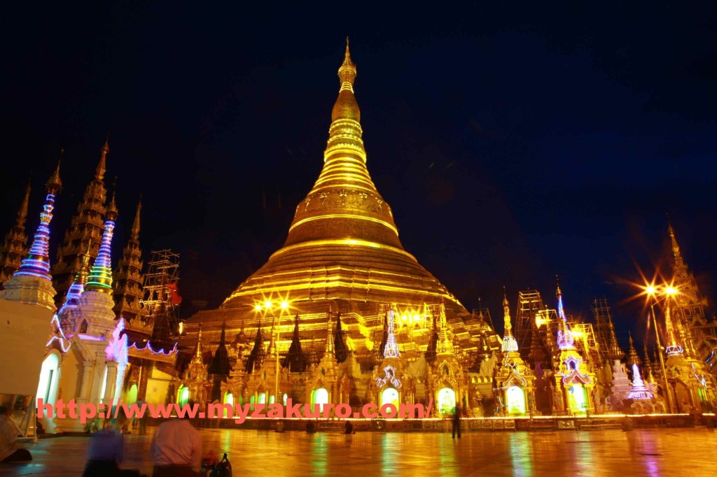 Shwedagon Pagoda003_