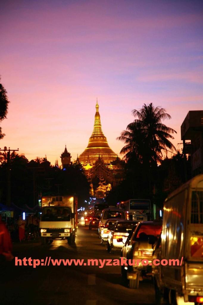 Shwedagon Pagoda014_