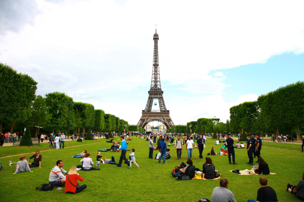 Eiffel-Tower-Paris-France-Free-Stock-Photos0009