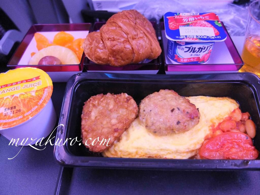 カタール航空の朝食(アメリカンスタイル)